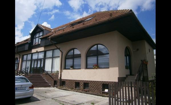 Novší väčší dom v Košiciach - mestská časť Šebastovce